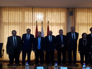توقيع اتفاقية تسوية النزاع بين شركة عمر أفندي ومؤسسة التمويل الدولية